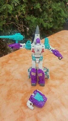 Transformers generations Power of The Primes Deluxe.  Dreadwind