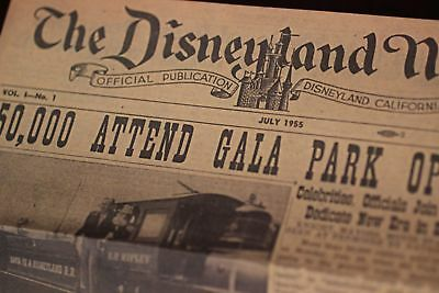 Disneyland News Authorized Walt Disney cover + 4 Attraction Tickets 1955 / 2003