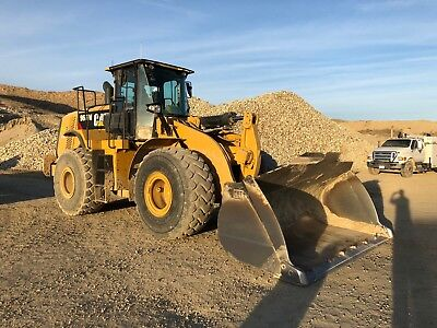 2014 Caterpillar 966 M Wheel Loader with Hyd Quick Coupler