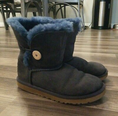 f7ca6b39b41 UGG AUSTRALIA GIRL'S 5991 Bailey Button Boots black Size 1M - $37.49 ...