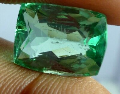 Wow VVS Cushion 8 cts GREEN kunzite facet stone with 13X10X7 MM