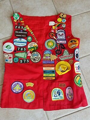 Vintage GIRL SCOUTS Lots of Badges, Patches, Pins & 1980's Red Leader Vest