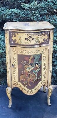 Chinoiserie Decorated Cupboard