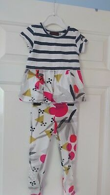 girls Catimini Designer top, leggings and cardigan set age 2 Years