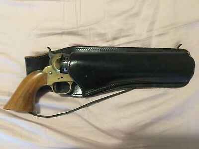 1851 Style Blackpowder Reproduction Revolver (non-firing) w/ Holster
