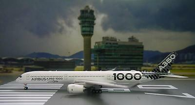Phoenix 1/400 Diecast Aircraft Model A350-1000,Airbus House Colors,11432