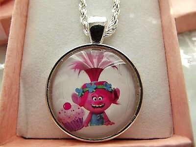Trolls Poppy Pink ,cupcake Necklace 22  Inch Chain Gift Box Birthday Party Bag