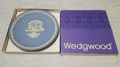 Jasper Ware (Wedgwood) Mothers Day Plate 1984 blue with box