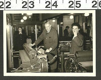 Vintage Old B&w Photo Of Printing Press Work Shop In Berlin Germany #2854