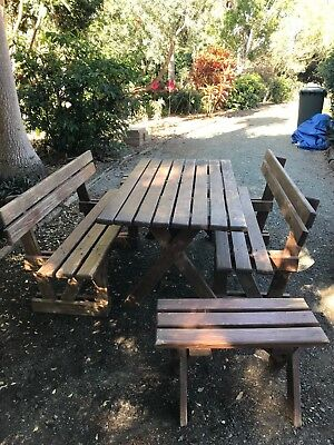 picnic table/ outdoor setting, bench seats x 2 and 2 x end stools, solid pine