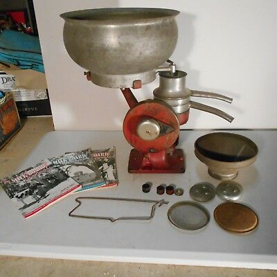 VINTAGE LISTER CREAM SEPARATOR + ACCESSORIES + 1950s MILK MAGS FARM MACHINERY