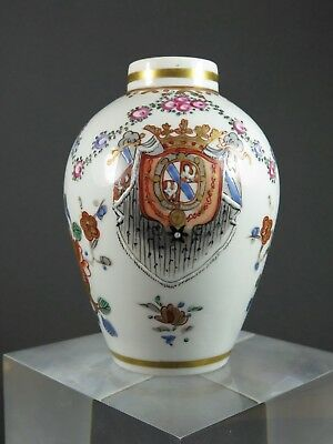 Antique Chinese Export Armorial Crested Porcelain Tea Caddy