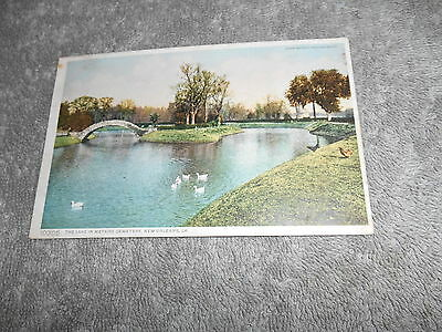 Vintage - Post Card - ( D ) Lake In Metaire Cemetery New Orleans La