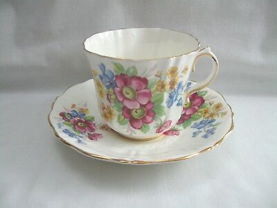 Old Royal Bone China England Tea Cup & Saucer