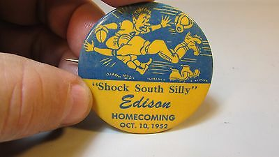 Vintage Pin Pinback Badge Button - 1952 Edison Homecoming Minnesota Football