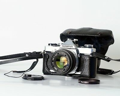 OLYMPUS OM1 w/ 50mm F1.8 Zuiko Lens and Original Case EXCELLENT TESTED
