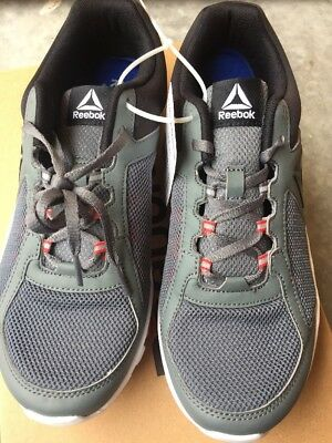 New Reebok- Yourflex Train 9.0 MT Running Shoes Alloy Red Black White 68e178044