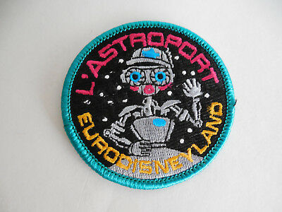 Euro Disney Disneyland Paris Star Tours Exit L'Astroport Cast Member Gift Patch