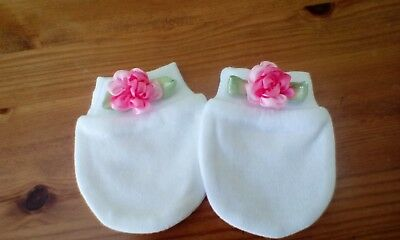 baby white scratch mittens with flower  bows size newborn brand new