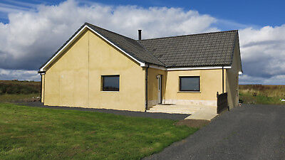 NEWLY RENOVATED 3 BEDROOM 140m2 DETACHED COTTAGE with 2 ACRES LAND in HIGHLANDS