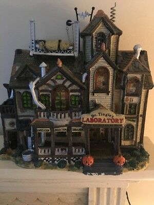 2000 Lemax Spooky Town Halloween Dr. Tingle's Laboratory in Box Preowned