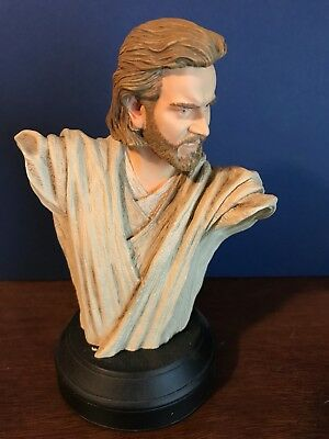 Gentle Giant Busts Obi-Wan and Padme
