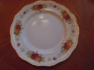 Vtg Queen's Rosina Bone China Dinner Plate Shalford Pattern Red & Yellow Roses
