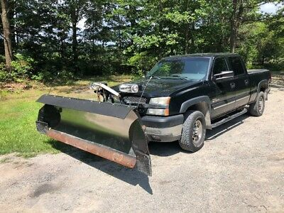 2003 Chevrolet Silverado 2500 LT 2003 Chevy crew cab 2500HD Duramax 4wd with Fisher plow