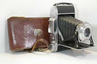 Adox Sport camera  Steinheil Cassar Pronto Germany 1950 Lederetui case