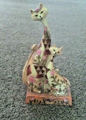 Beautiful Resin Cat & Kitten With Flower Accents On A Rectangle Base Ornament