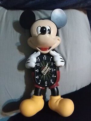 the mickey mouse motion clock made by Bradford exchange