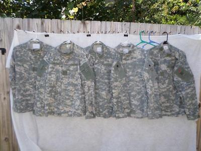 Us Military Acu Camo  Lot Of 5 Shirts Size Large Regular 50/50 Materials Used