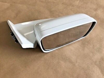 2007-2009 Ford Mustang GT GT500 RH Passenger Side View Mirror WHITE - OEM