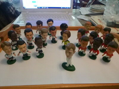 Vintage Corinthians football figures 1995 Tottenham and Manchester United 23