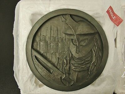Lord Of The Rings The Easterlings Medallion Sculpture No. 15 Nib  Ed No. 49/1000