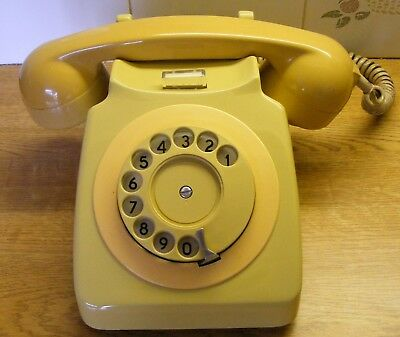 1970's  746 ROTARY TWO TONE YELLOW TELEPHONE.