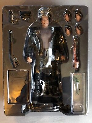 Hot Toys 1/6 Terminator Judgment Day Mms117 T-800