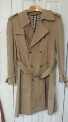 Classic Vintage 1970s Bergdorf Goodman Trench Coat - Way Better Than  A Burberry