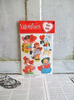Pack of 30 Vintage Rust Craft Valentines and Envelopes - Unopened