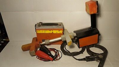 Metrotech 810 Pipe Cable Locator Transmitter - Receiver - Leads - Inductive clam