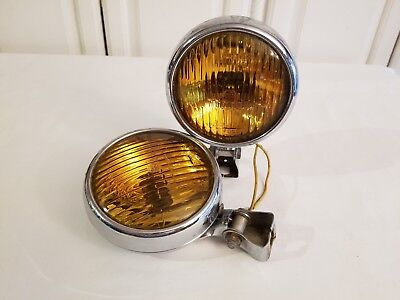 MATCHING PAIR of VINTAGE PMCo 400 AMBER FOG LIGHTS w/ORIGINAL MOUNTING BRACKETS