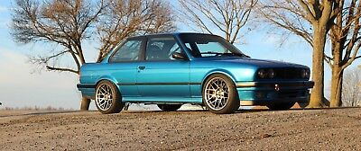 1991 BMW 3-Series 318is 1991 E30 BMW 318is Slicktop S52