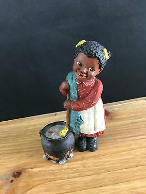 1987 All Gods Children Martha Holcombe Figurine Cassie God Is Love Doing Chores