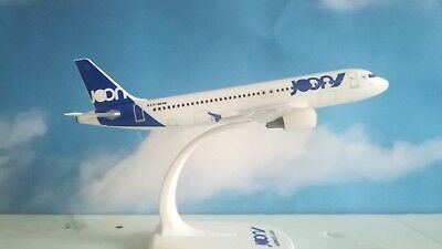 Herpa Wings 1:200 Snap Fit Joon Airbus A320 F-GKXN Länge 20.00cm mit standfuss