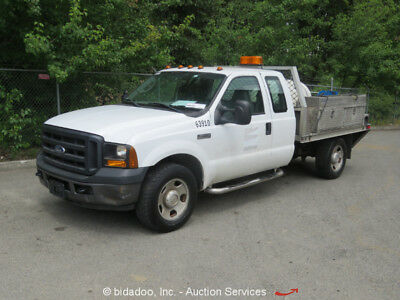 Ford F350  2006 Ford F-350 Pickup Truck 5.4L V8 A/T 9' Utility Service Body Pressure Washer