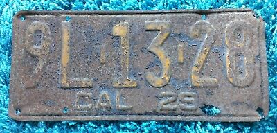 CALIFORNIA 1929 Black and Yellow UNRESTORED LICENSE PLATE: 9L 13 28. ROUGH!