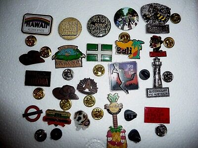 Hard Rock Cafe Honolulu And 19 Assorted Pins And Badges