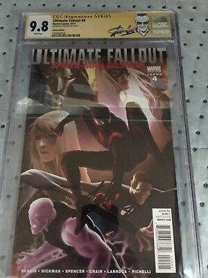 Ultimate Fallout #4 Djurdjevic variant CGC SS 9.8 signed by STAN LEE