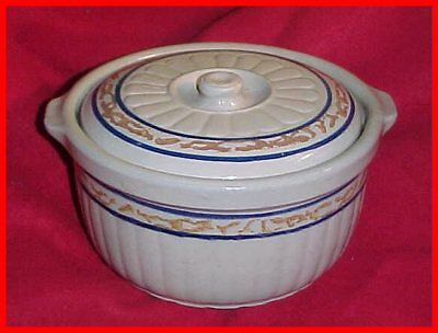Vintage Marked Red Wing Stoneware Sponge Band Casserole with Lid LOOK AT PHOTOS!