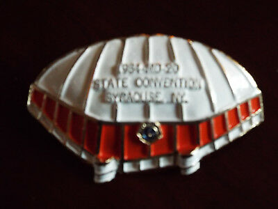 1984 Lions Club Lapel Hat Pin Syracuse, New York State Convention 1984-MD-20